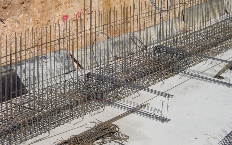 Κατασκευή έργων υποδομής τετραπλού σιδηροδρομικού διαδρόμου στο τμήμα μεταξύ Τριών Γεφυρών και Σιδηροδρομικού Κέντρου Αχαρνών (Σ.Κ.Α.), έργων υποδομής για την ολοκλήρωση του Σ.Κ.Α. και όλων των απαιτουμένων έργων υποδομής, σηματοδότησης – τηλεδιοίκησ